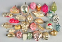 ingle ornaments